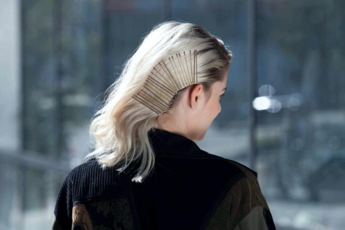 Заколка для волос, как выглядеть богато